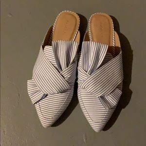 Halogen pinstriped mules
